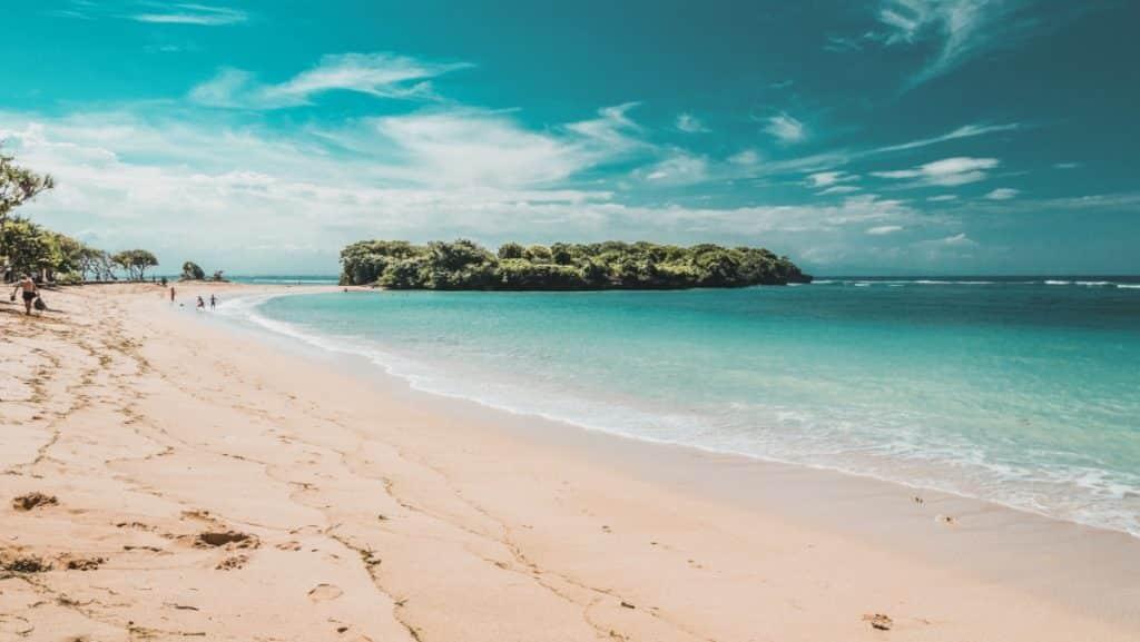 What's Nusa Dua Like in Bali - Beautiful sandy beach