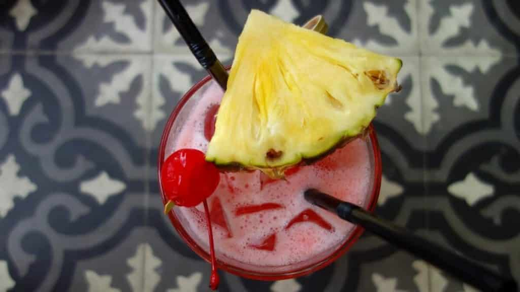 Singapore Sling | 12 Drinks From Around the World to Spark Your Wanderlust