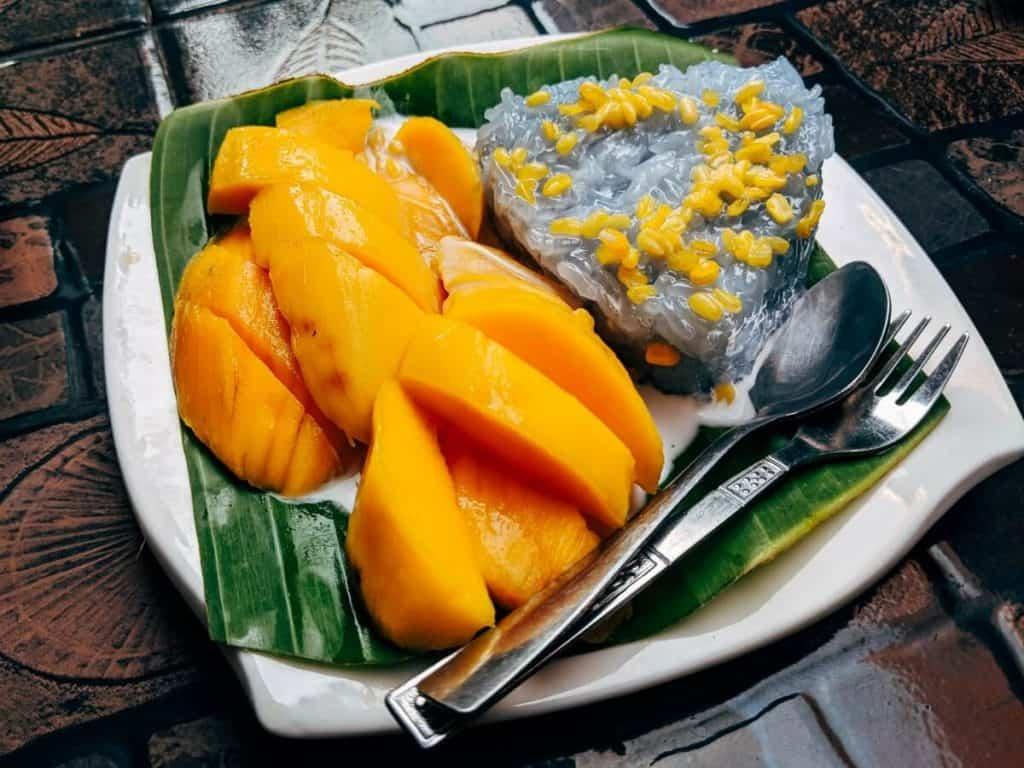 Mango Sticky Rice in Thailand | 12 Bucket List-Worthy Desserts From Around the World