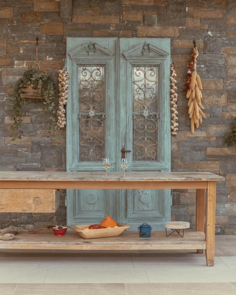Beautiful, old blue door at Karlic Tartufi near Buzet, Croatia | Istrian peninsula